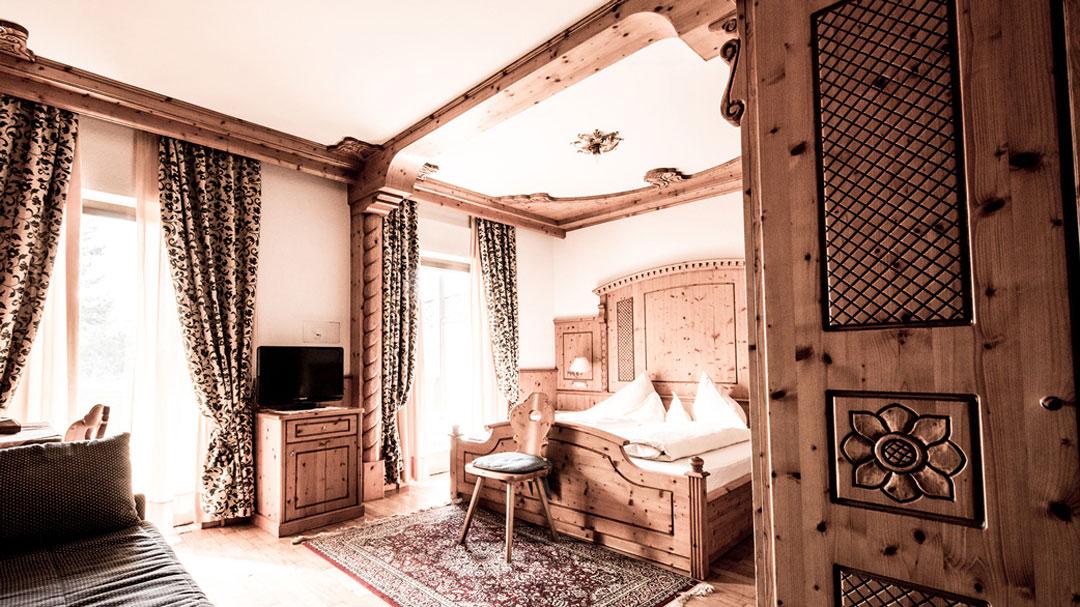 Traditionelle Zimmer In Seis Am Schlern Südtirol